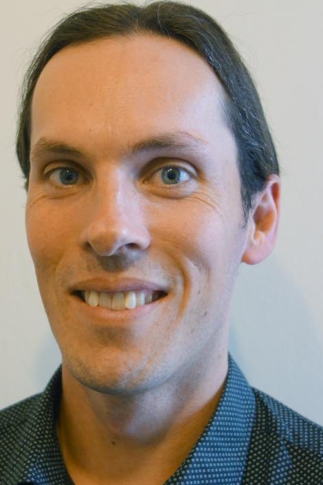 Dr Nicholas Mumford